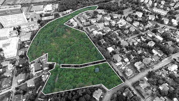 Pozemky v Modřanech, které společnost Metrostav prodává.
