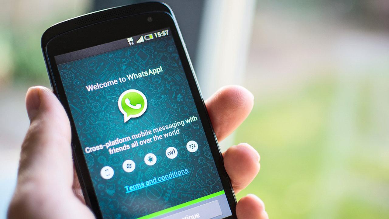 WhatsApp (ilustrační obrázek)