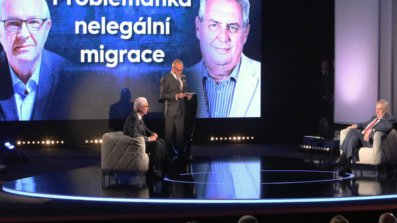 Finalisté volby prezidenta Miloš Zeman aJiří Drahoš se poprvé utkali