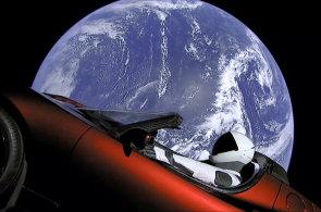 Start rakety, která má létat na Měsíc i na Mars, sledovaly na Floridě tisíce lidí. Bláznivé věci se stávají skutečností, říká Musk