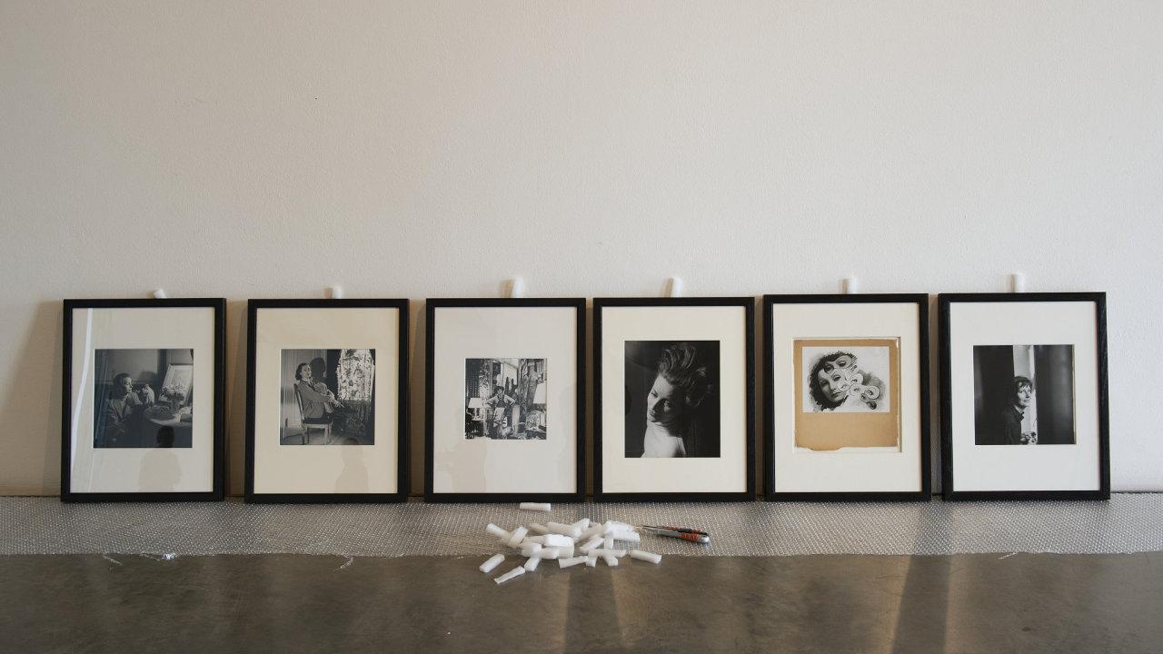 Portréty z výstavy Cecil Beaton - fotograf královen
