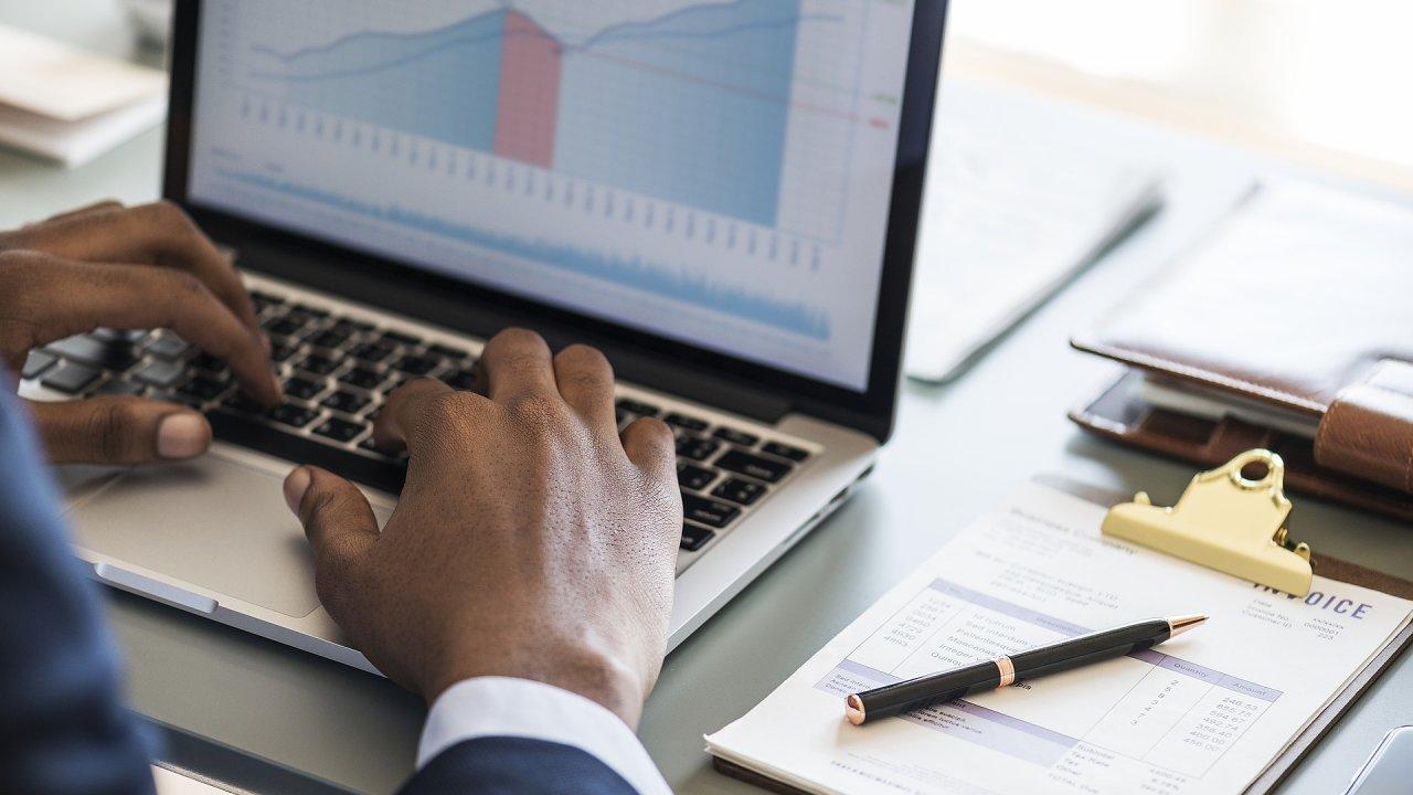 Projektoví manažeři řeší nejčastěji v cloudu rozpočty, Gantt, výkazy práce a řízení zdrojů, ilustrační foto