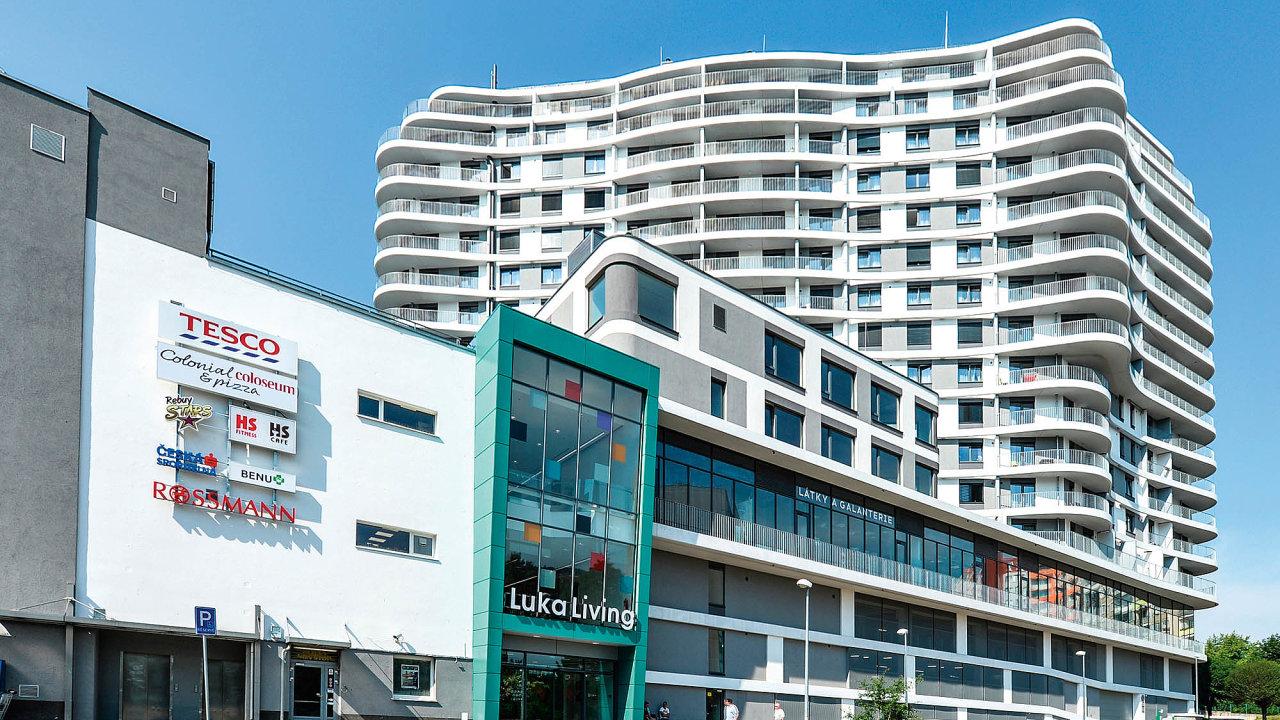 Odborná porota udělila v kategorii Zelená novostavba cenu rodinnému domu Pasivní dům v Lázních a bytovému domu Luka Living rental apartments & shopping center.