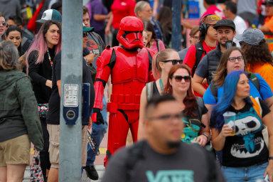 Začal Comic-Con. Byznys kolem populárních filmů a komiksů vynáší miliardy, přitahuje i překupníky rarit