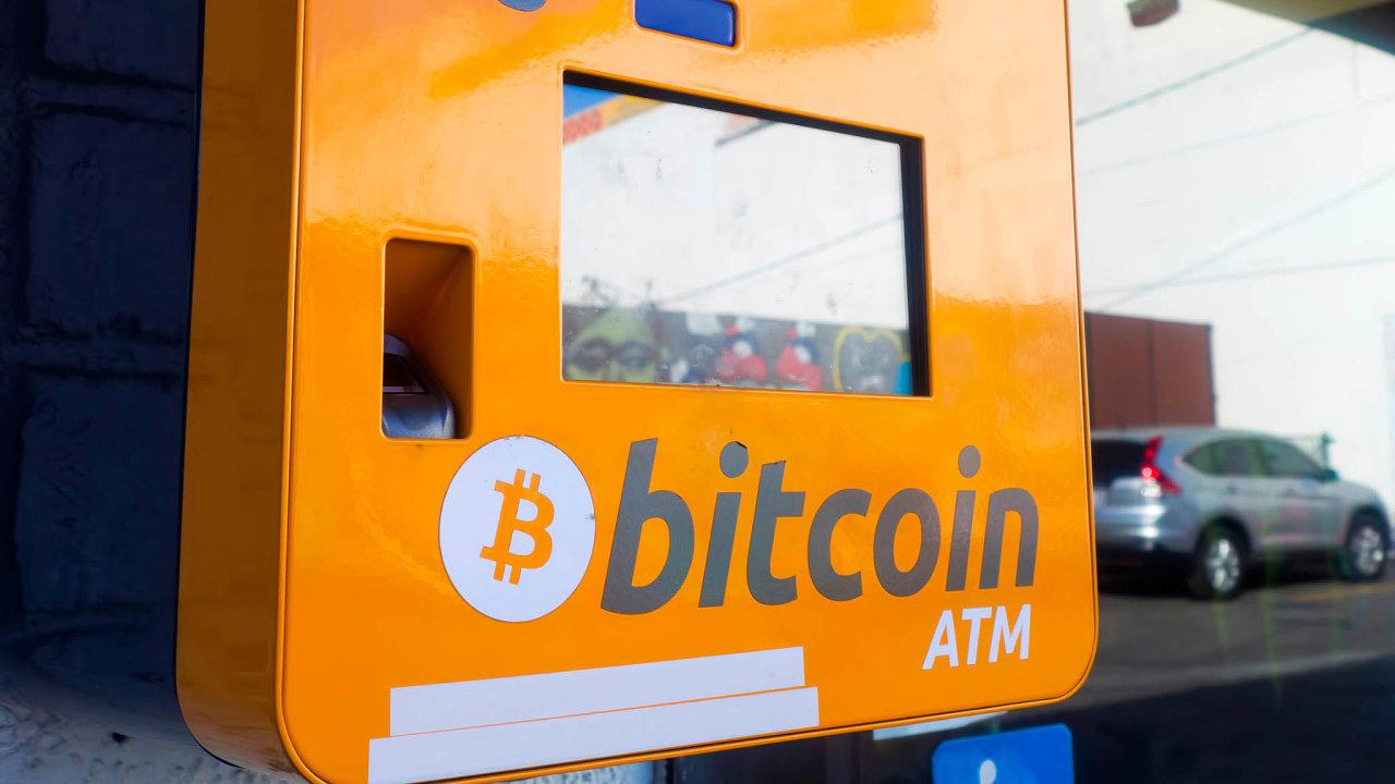 Speciální živnost na virtuální měny budou muset mít nejen provozovatelé kryptoměnových směnáren abankomatů, ale také provozovatelé e-shopů, které virtuální peníze přijímají.