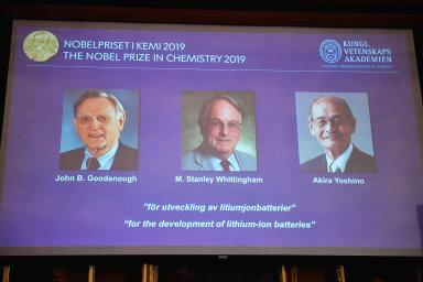 Královská švédská akademie věd oznámila jména laureátů letošní Nobelovy ceny za chemii. Získala ji trojice vědců, kteří pracovali na vývoji lithiových akumulátorů.