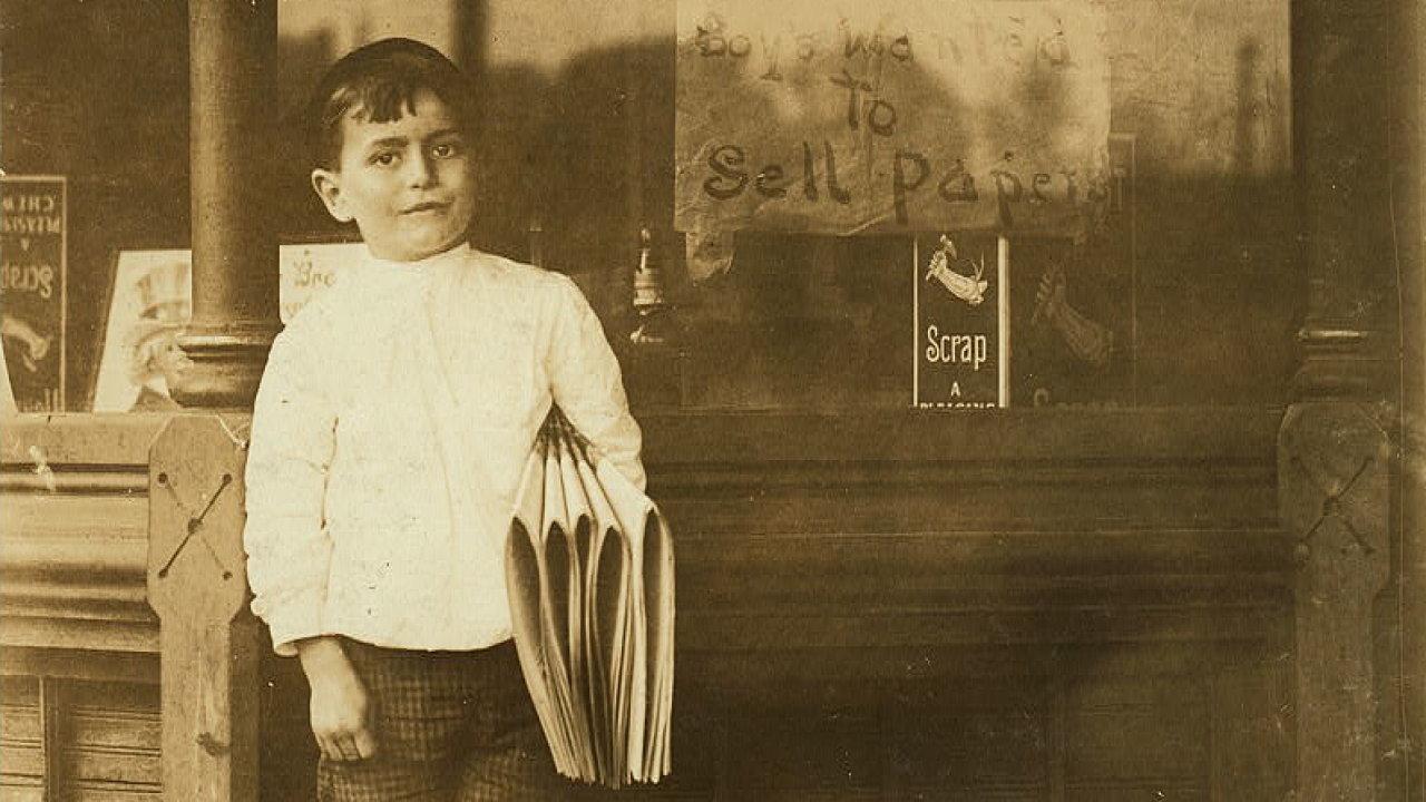 Šestiletý prodavač novin Johnnie Merkle. St. Louis, Missouri, květen 1910.