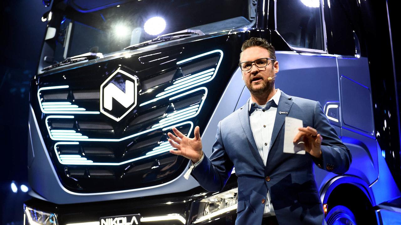 Trevor Milton, zakladatel automobilky Nikola, musel tento týden po skandálu skončit ve funkci výkonného ředitele.