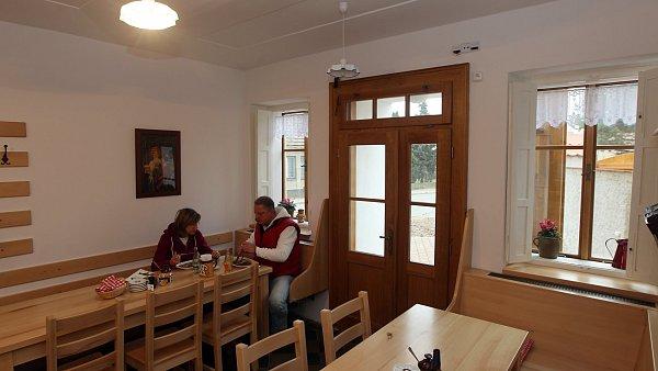 L�ta zku�enost� jsou c�tit v ka�d�m j�dle, kter� si v restauraci Na Pek�rn� d�te.