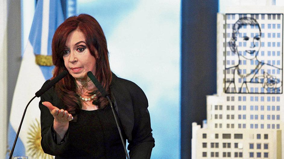 Prezidentka Cristina Fernándezová je podezřívananá z manipulace s oficiálními údaji.