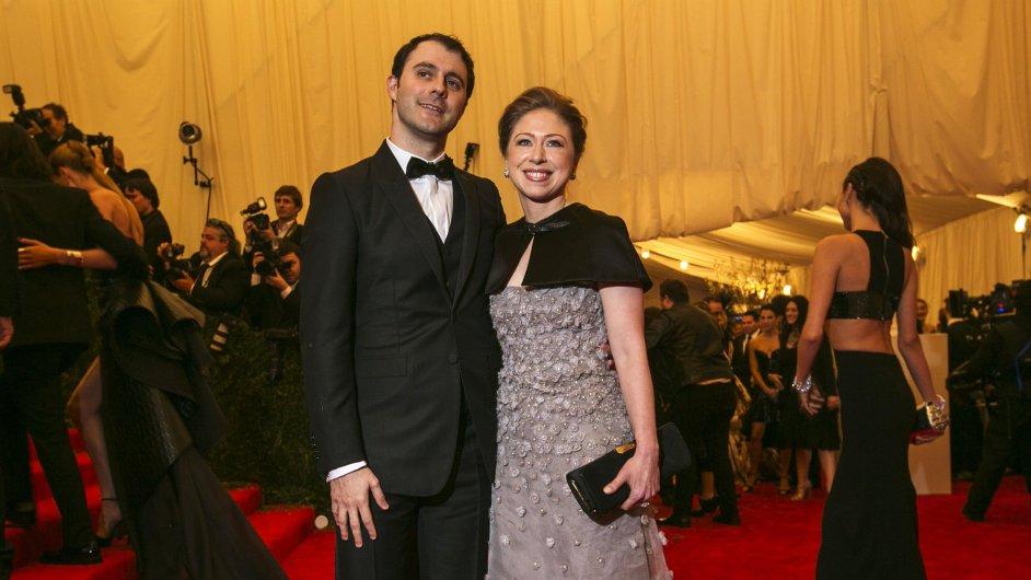 Chelsea Clintonová s manželem Marcem Mezvinským