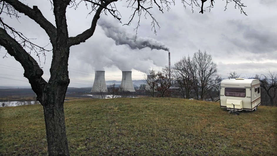 Uhelná elektrárna skupiny ČEZ Prunéřov.
