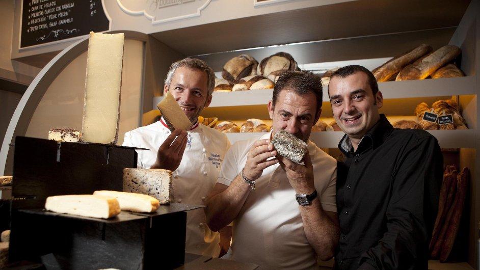 Michelinský kuchař Romain Fornell (vpravo)