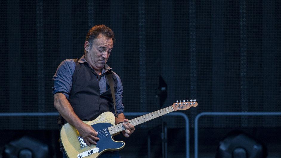 Bruce Springsteena nechtěli Češi pustit z pódia