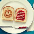 Loga Motorola Mobility a Lenovo jako obl�ben� sendvi�