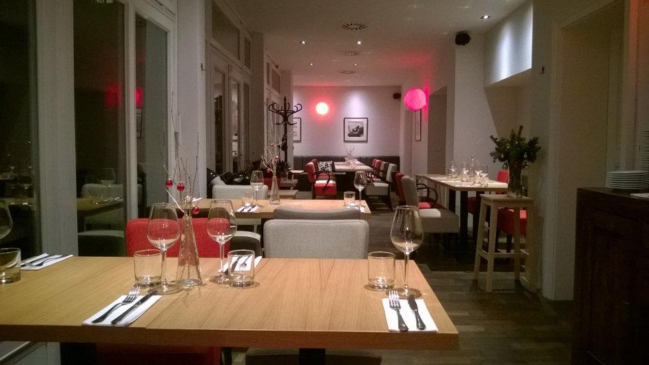 Ateliér Red &  Wine je restaurací, kam lze vzít rodinu i obchodního partnera.