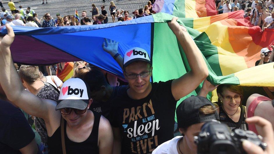 0815CR ZABAVA MENSINY HOMOSEXUALOVE PRAHA 9 781