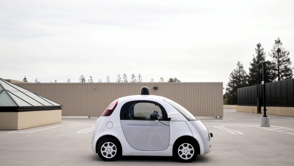 Prototyp samo��d�c�ho vozu od firmy Google.