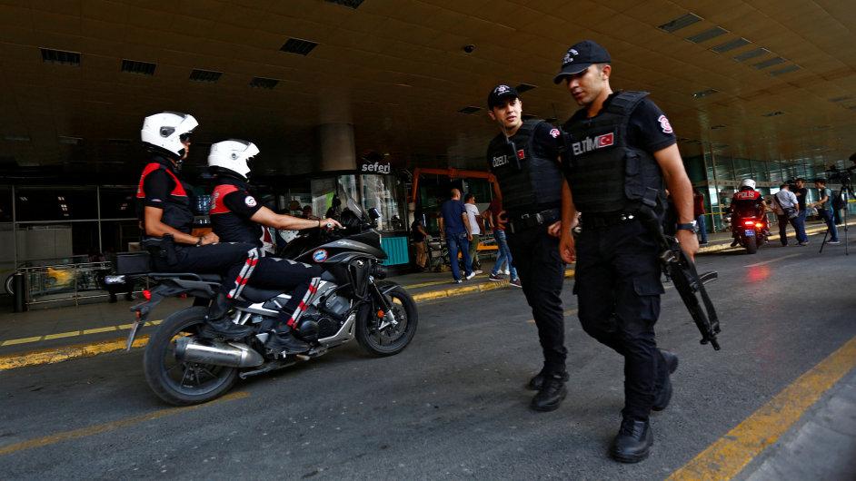 Turecko, letiště, terorismus, útok Istanbul