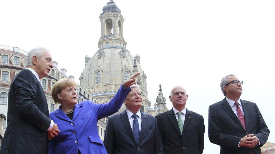 Při oslavách výročí znovusjednocení Německa protestující pokřikovali mimo jiné