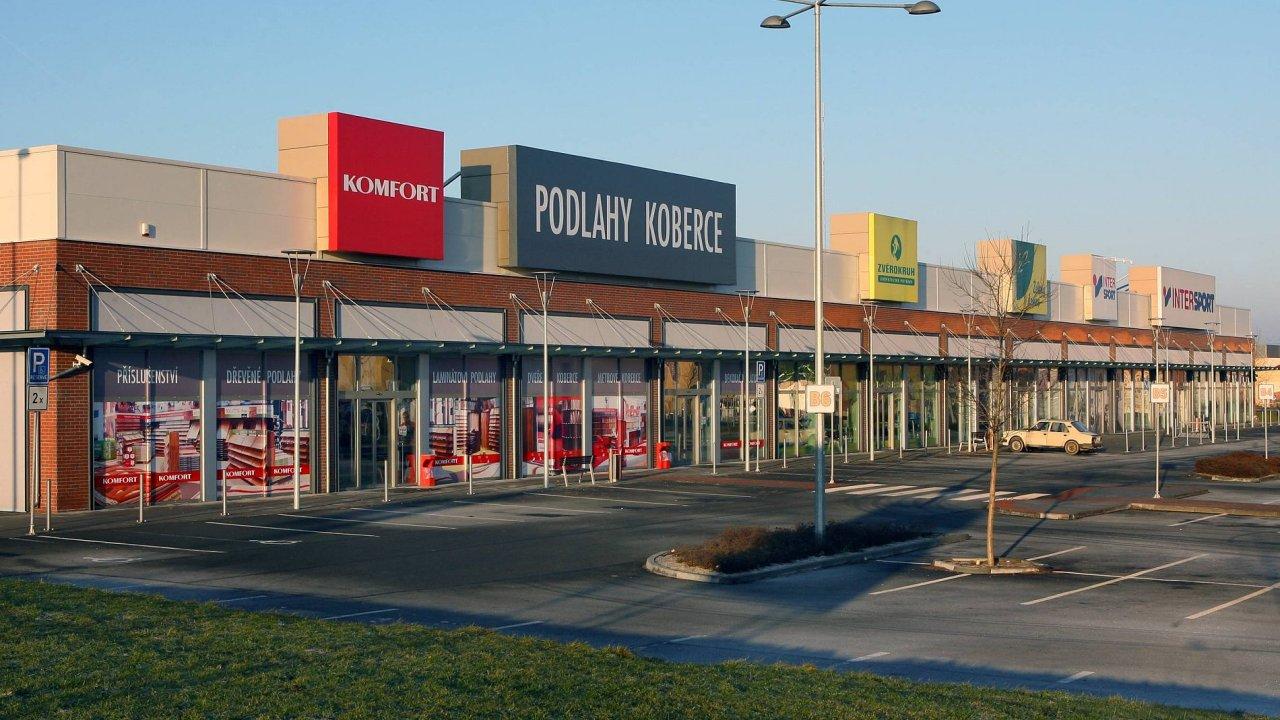 Retail park Plzeň