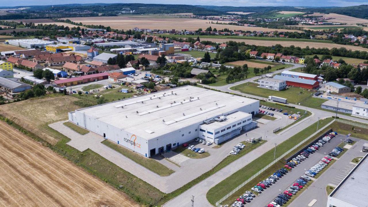 VeVyškově už pátým rokem působí výrobní společnost Rompa CZ. Nyní může díky novému vlastníkovi investovat dorozšíření výrobních prostor izázemí.