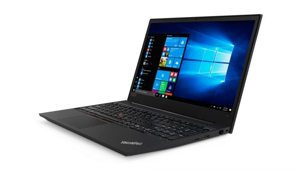ThinkPad e858 je první byznysový notebook s procesory AMD Ryzen