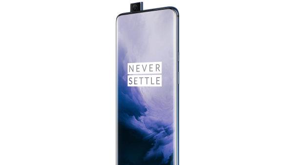 Top 3 Otakara Schöna: Nová mobilní konkurence Samsungu a Applu,