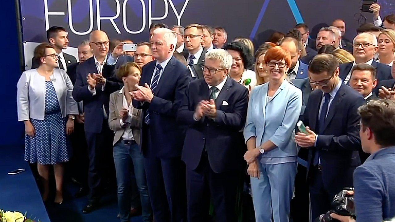 Visegrád bude chtít silnější roli členských států v EU, tvrdí experti.