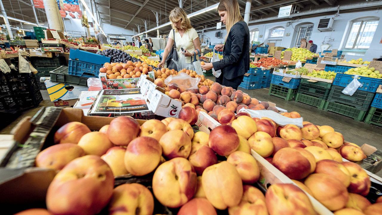 Holešovická tržnice, bývalá pražská jatka, je fenoménem Holešovic už od 80. let.