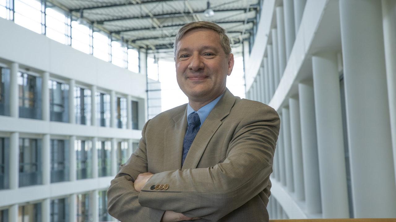 Prezident evropské pobočky amerického koncernu ExxonMobil Philippe Ducom