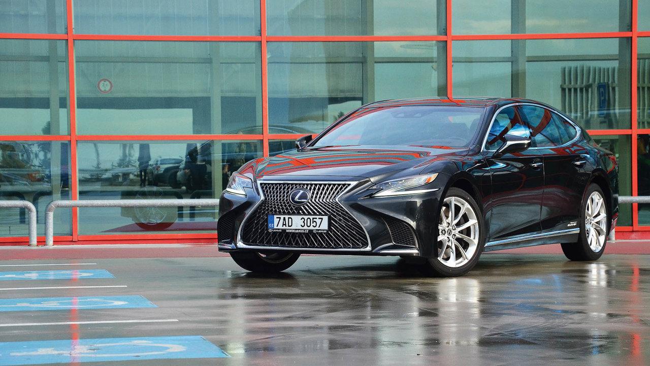 Lexus LS 500h AWD