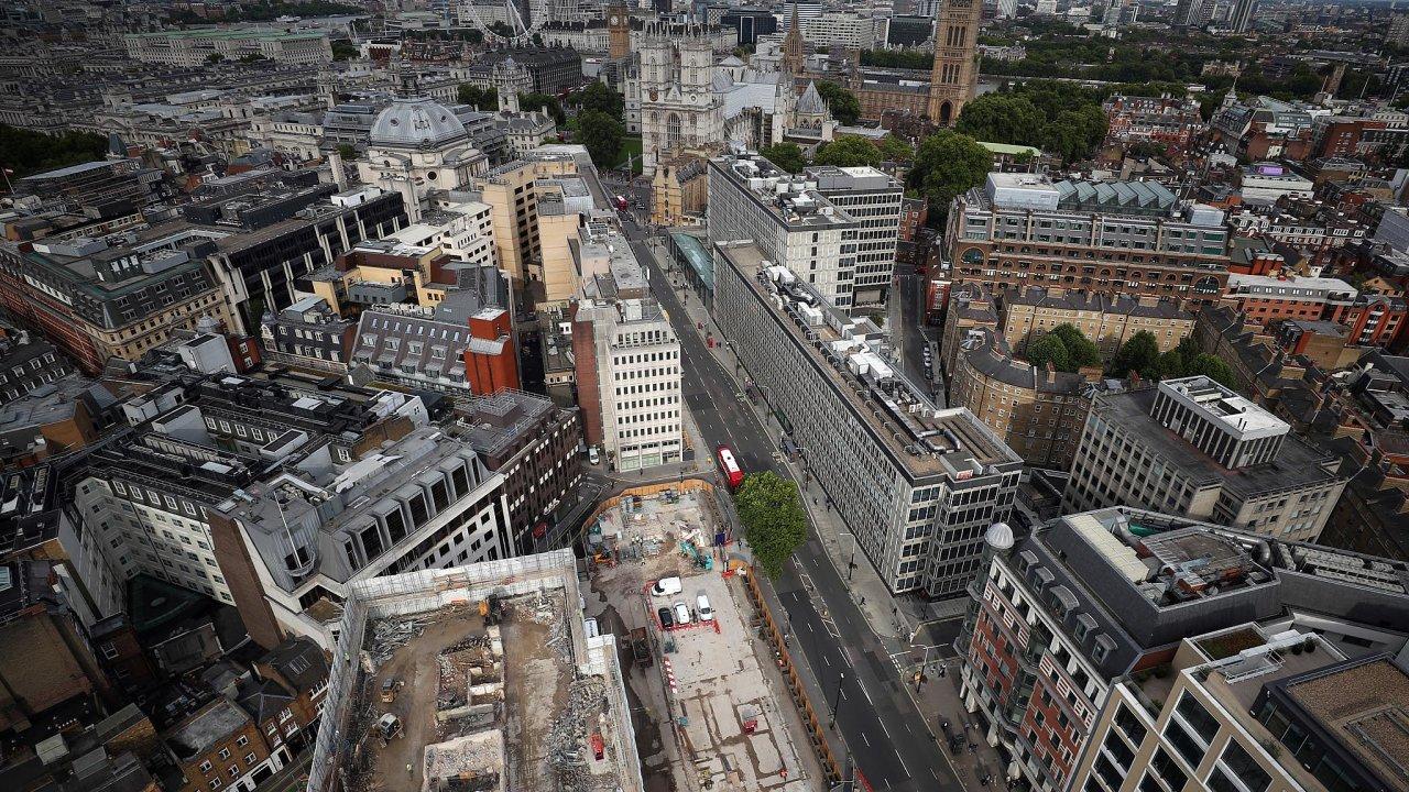 Drahé bydlení je problém i v Londýně.
