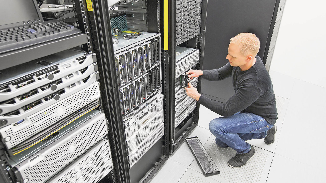 Zájem o hybridní model datových center roste.