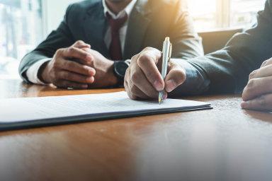 Pozor navinkláře. Právníci radí klientům, aby si nejdříve ověřili, zda firmy nabízející právní služby je vůbec mohou poskytovat.
