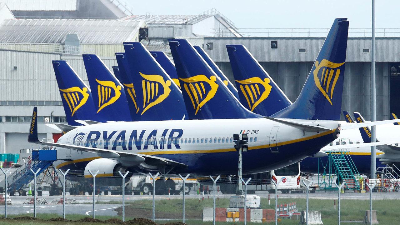 Zatímco některé aerolinky škrtají, jiné chtějí poodeznění krize jejich místo natrhu nahradit. Patří mezi ně například irský Ryanair.