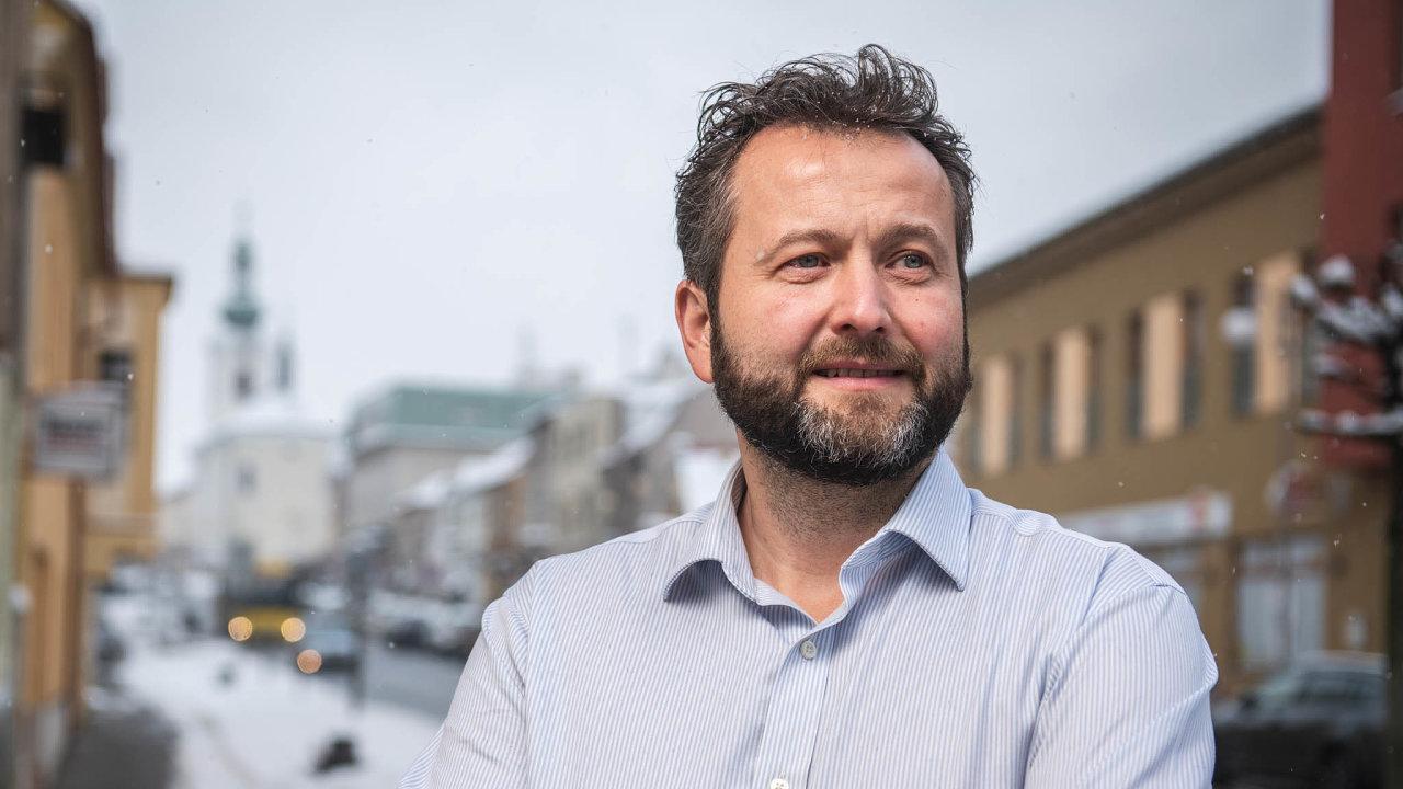 Od aut k hodinkám. Podnikatel Josef Zajíček investoval dorozjezdu výroby hodinek Bohematic už desítky milionů korun.