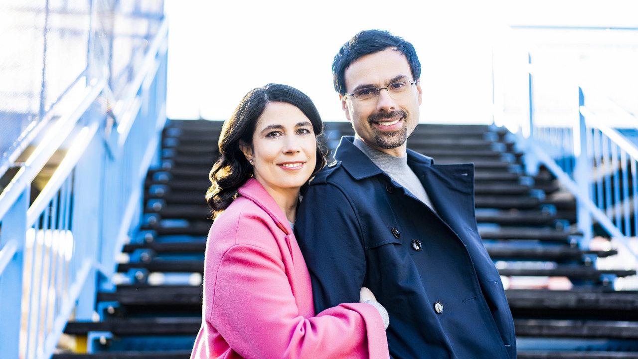 Štědří dárci. Šéf Avastu Ondřej Vlček a jeho žena Katarína založili miliardovou nadaci na podporu dětské hospicové péče.