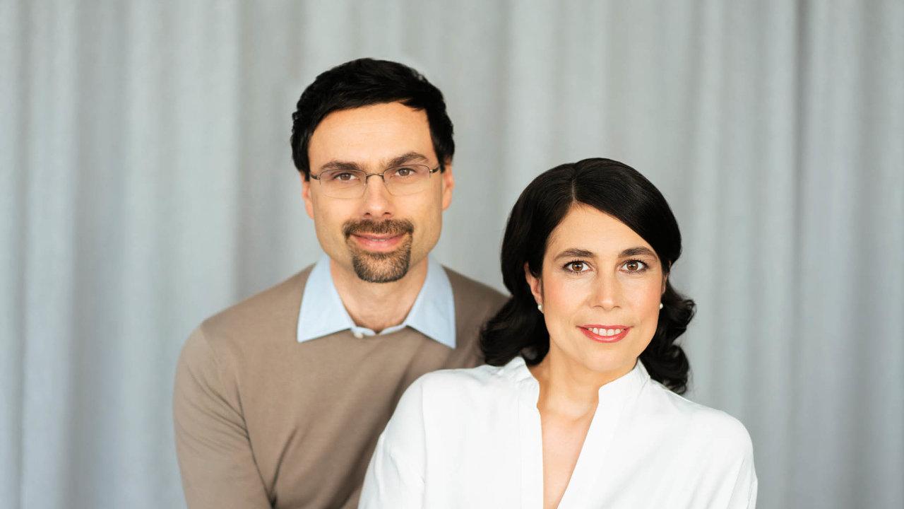 Katarína Vlčková, která s manželem Ondřejem založila rodinnou nadaci, chce, aby pacient mohl závěr života strávit tak, jak si sám přeje.