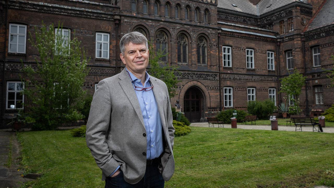 Lékař David Cibula, prezident Evropské společnosti gynekologické onkologie
