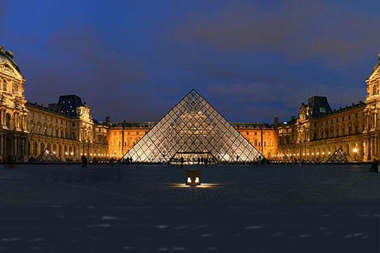 Muzeum Louvre, Paříž