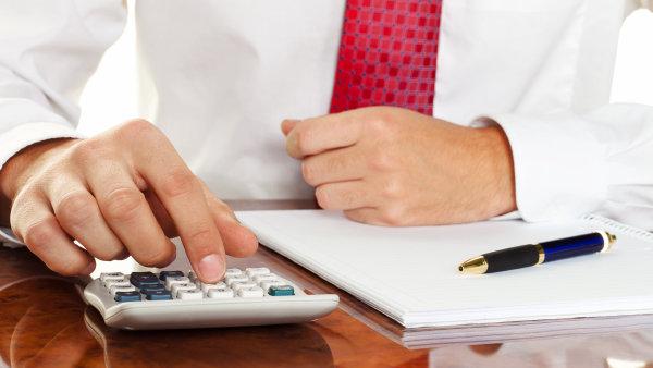 Sazba daně z příjmů právnických osob v Česku činí 19 procent.