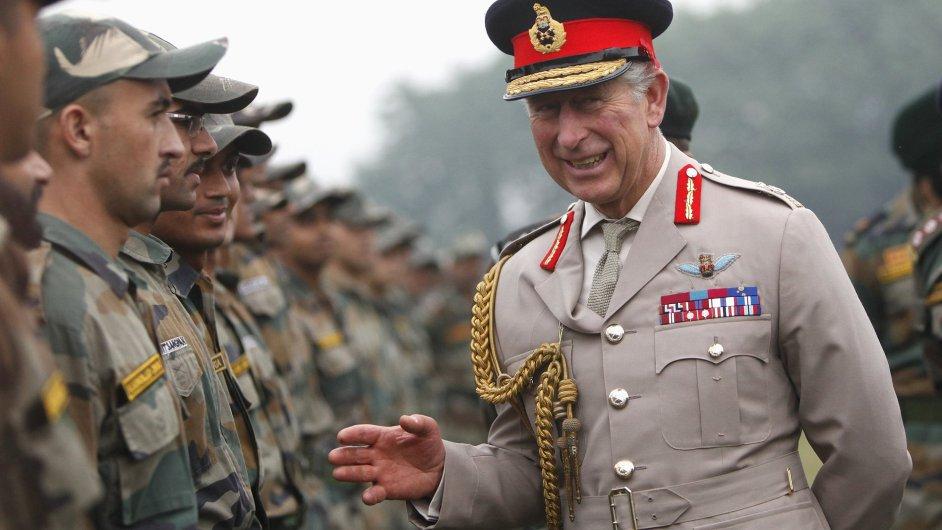 Princ Charles při návštěvě Indie