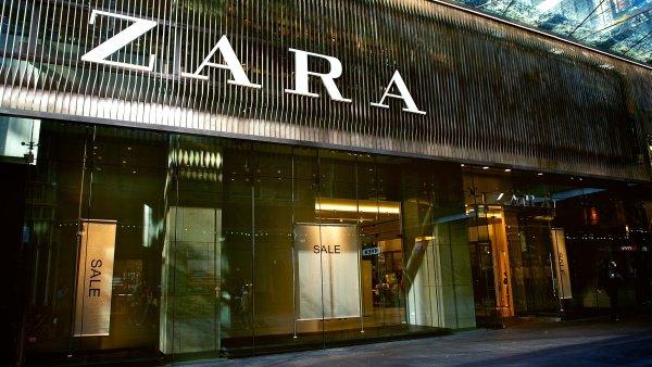 Vlajkovou značkou největšího světového prodejce oděvů Inditex je Zara - Ilustrační foto.
