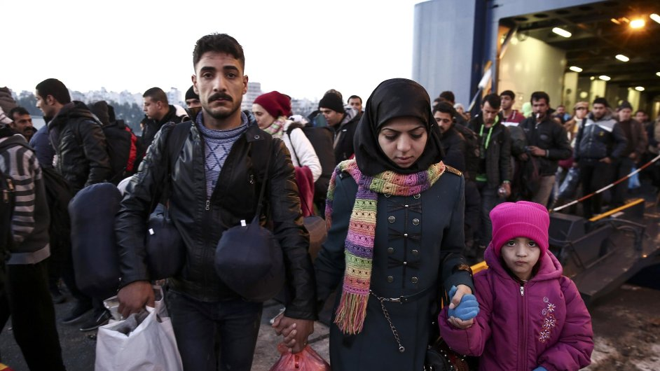 Proud uprchlíků se do Německa nesnižuje. Podle bavorského premiéra by se měl stanovit strop - Ilustrační foto.