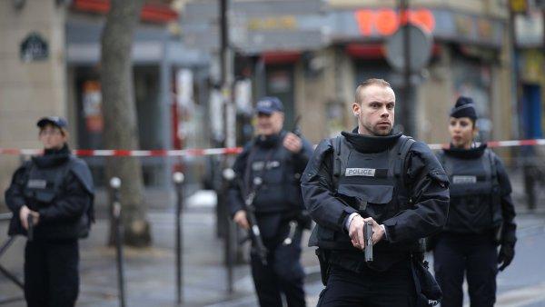 Masakry z 13. listopadu v Paříži s celkem 130 mrtvými ukázaly, jak málo může způsobit příšerné ztráty.