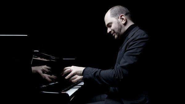 Kirilla Gersteina tento týden čekají tři koncerty v Praze, na přelomu února a března Českou filharmonii doprovodí na turné.