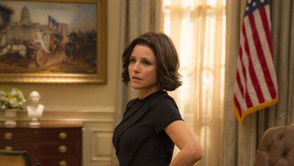 V šesté řadě seriálu se Selina Meyerová, kterou ztvárnila herečka Julia Louisová-Dreyfusová (na snímku), začne vracet do společenského života.