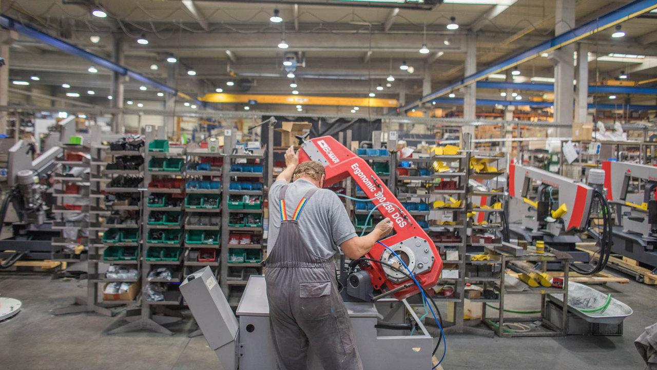 Společnost Bomar začínala naploše 120 metrů čtverečních se šesti zaměstnanci, dnes má pracovníků asi 250.