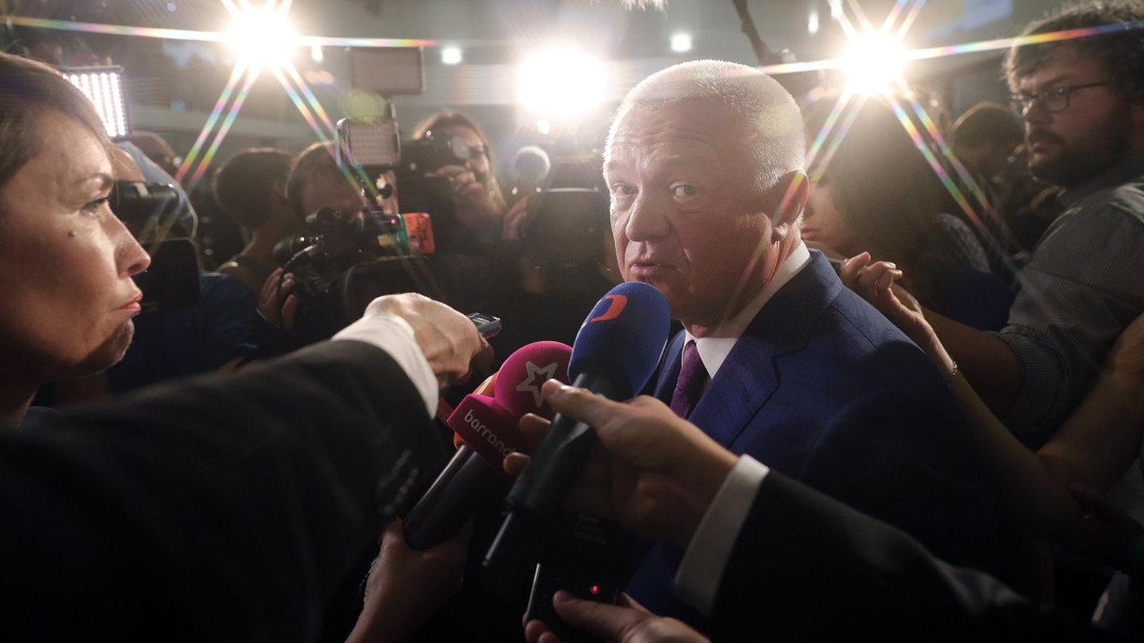 Místopředseda hnutí ANO Jaroslav Faltýnek ve štábu ANO.